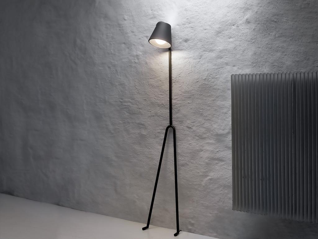 Manana_lamp_scene_1_1024x1024