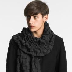 design-house-stockholm-curly-scarf-black