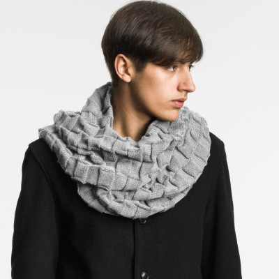 design-house-stockholm-curly-scarf-white-grey