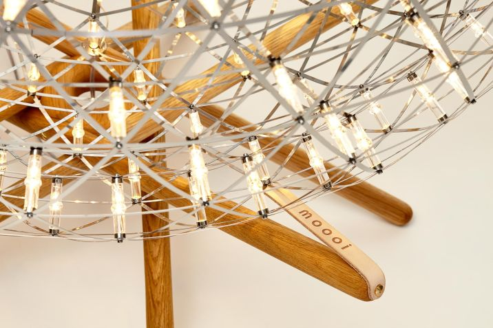 raimond_tensegrity_floor_lamp_355_final-forweb-moooi