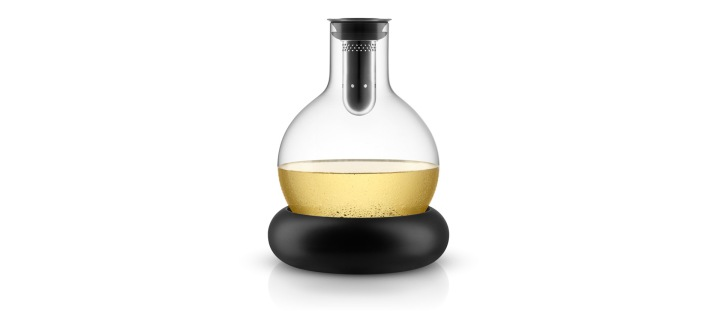 567473-cool-wine-decanter
