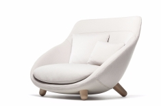 love_sofa_highback_trickle_flour_2-moooi-for-web