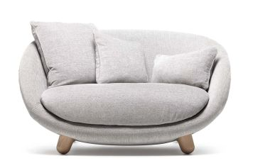 love_sofa_licio_1-for-web-moooi